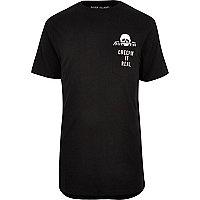 "Langes, schwarzes T-Shirt ""Creepin it real"""