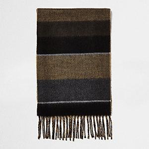 Camelkleurige sjaal met kleurvlakken