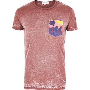 Red burnout chest print T-shirt