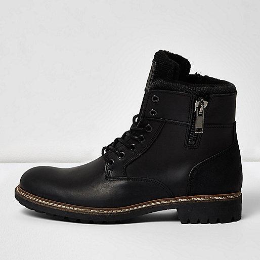 Bottes militaires en cuir noir