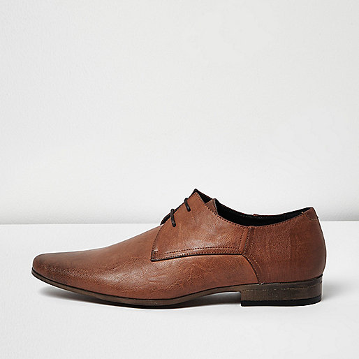 Brown embossed heel lace-up shoes