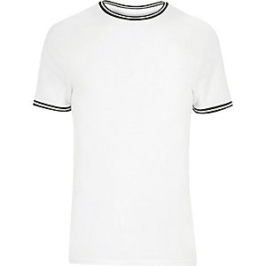 White sporty muscle fit T-shirt