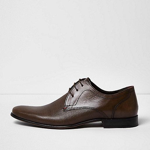 Dark brown embossed leather formal shoes