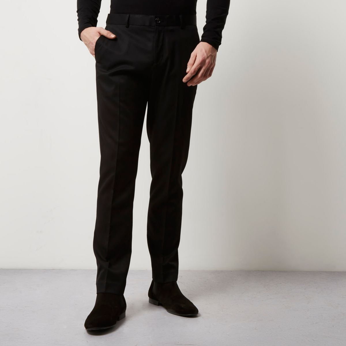 Men's Smart Trousers Sale Smarten up for less with our men's formal trousers sale. A great pair of formal trousers will never go out of style so if you spot your size and a style you love then snap them up.