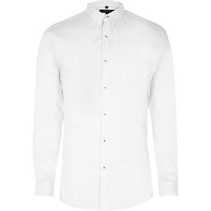 White smart muscle fit shirt