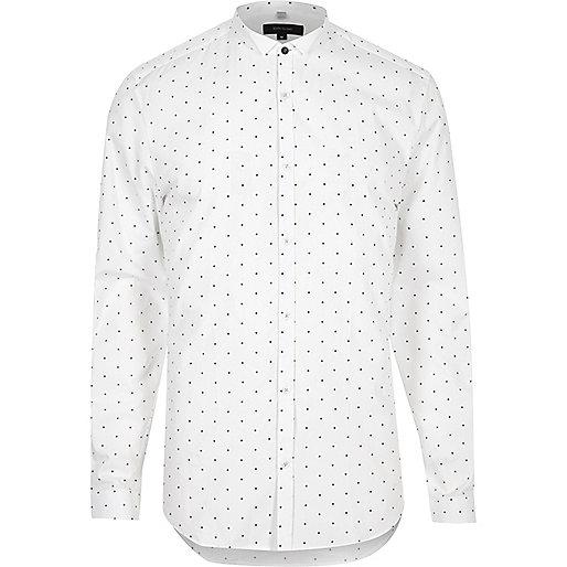 Chemise à pois blanche cintrée habillée