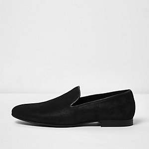 Black textured leather slipper shoes