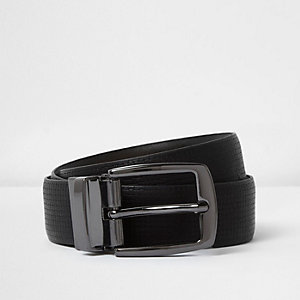 Black textured reversible belt