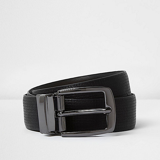 Black textured reversible belt