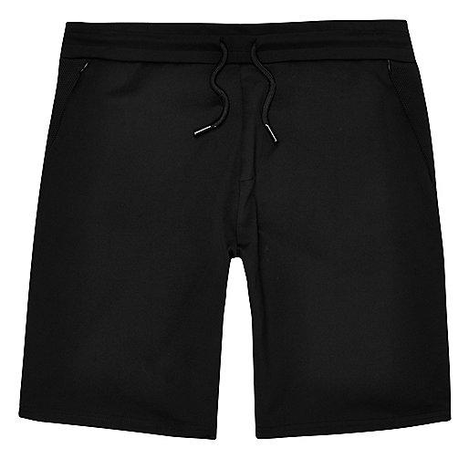 Short casual en maille noire