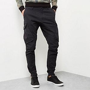 Schwarze Cargo-Jogginghose
