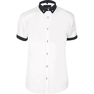White casual contrast collar slim fit shirt
