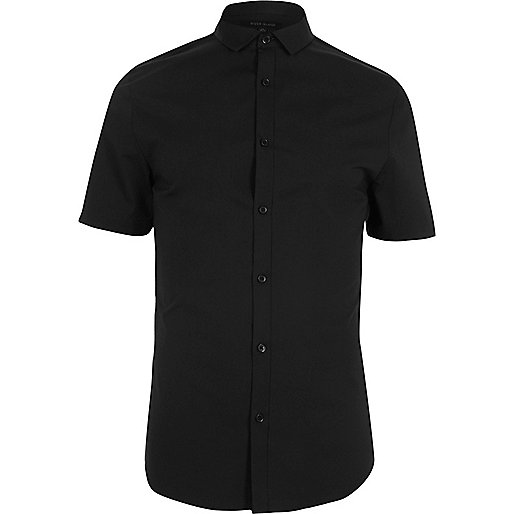 Black short sleeve skinny fit shirt