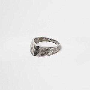 Ring met antieke zilverkleur