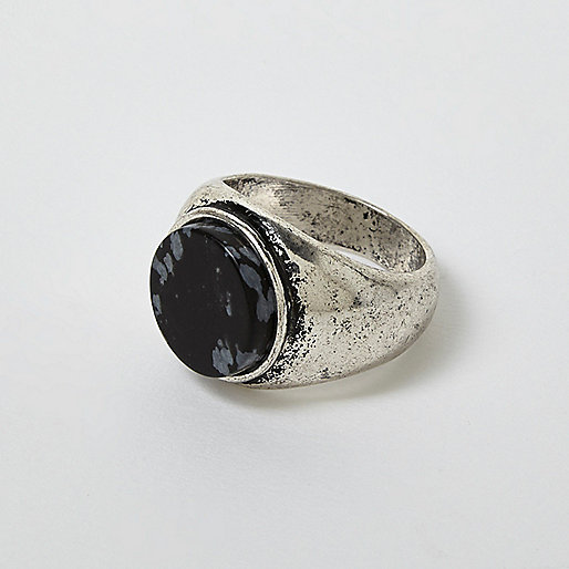 Silver tone antique stone ring