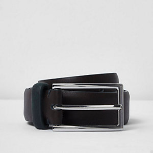 Chocolate brown belt with khaki keeper