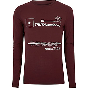 Burgundy print muscle fit long sleeve T-shirt