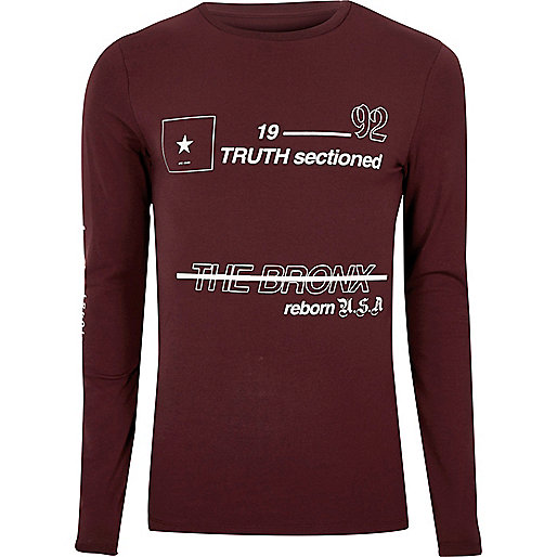 Burgundy print muscle fit long sleeve T-shirt
