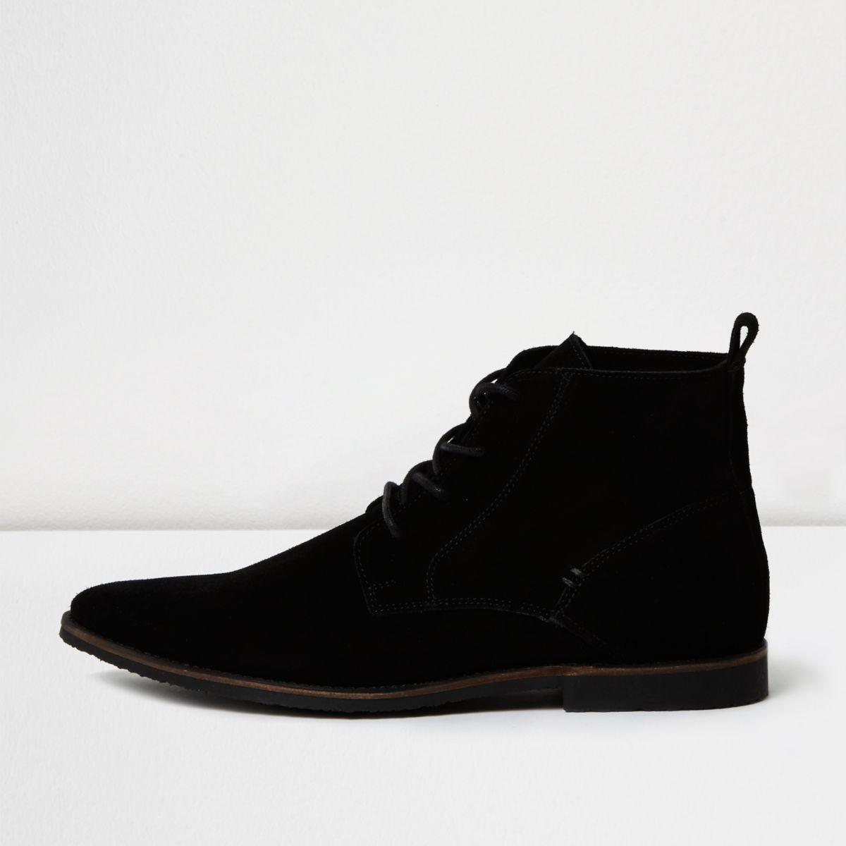 Desert boots pointures en daim noir