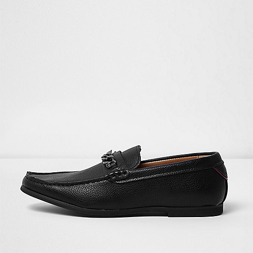 Black textured chain loafers