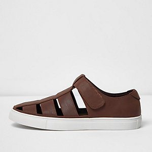 Brown cut out sandal trainer