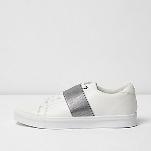 White elastic front lace up trainers