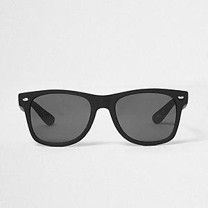 Zwarte retro-zonnebril met vierkante glazen