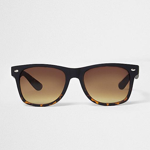 Brown tortoiseshell retro square sunglasses
