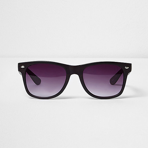 Brown wood retro square sunglasses