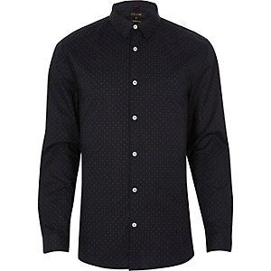 Chemise habillée coupe près du corps bleu marine à pois