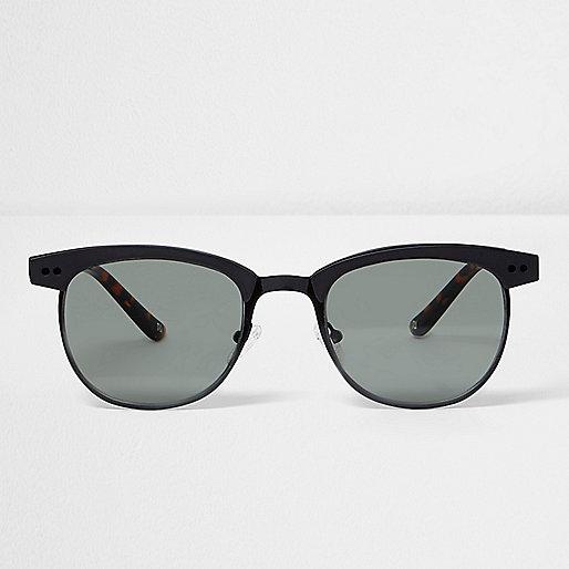 Black tortoiseshell retro sunglasses