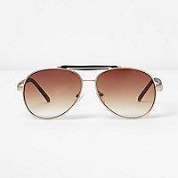 Gold contrast brow bar aviator sunglasses