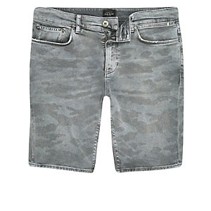 Grey camo print skinny fit denim shorts