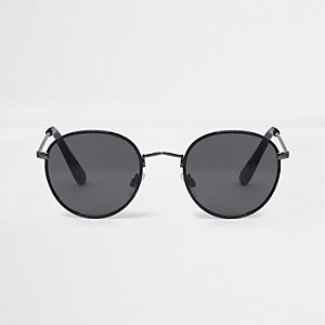 Black small round sunglasses