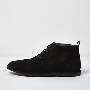 Black fleece lined suede chukka boots