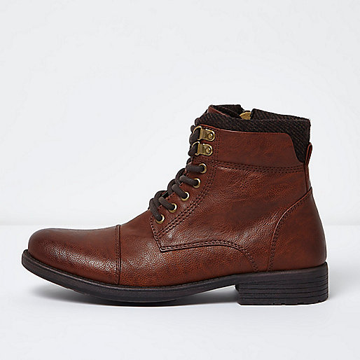 Brown side zip toecap boots