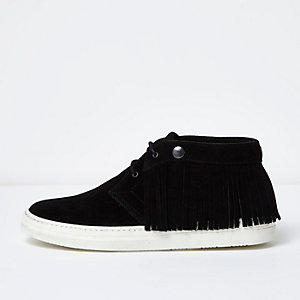 Black leather fringed desert boots