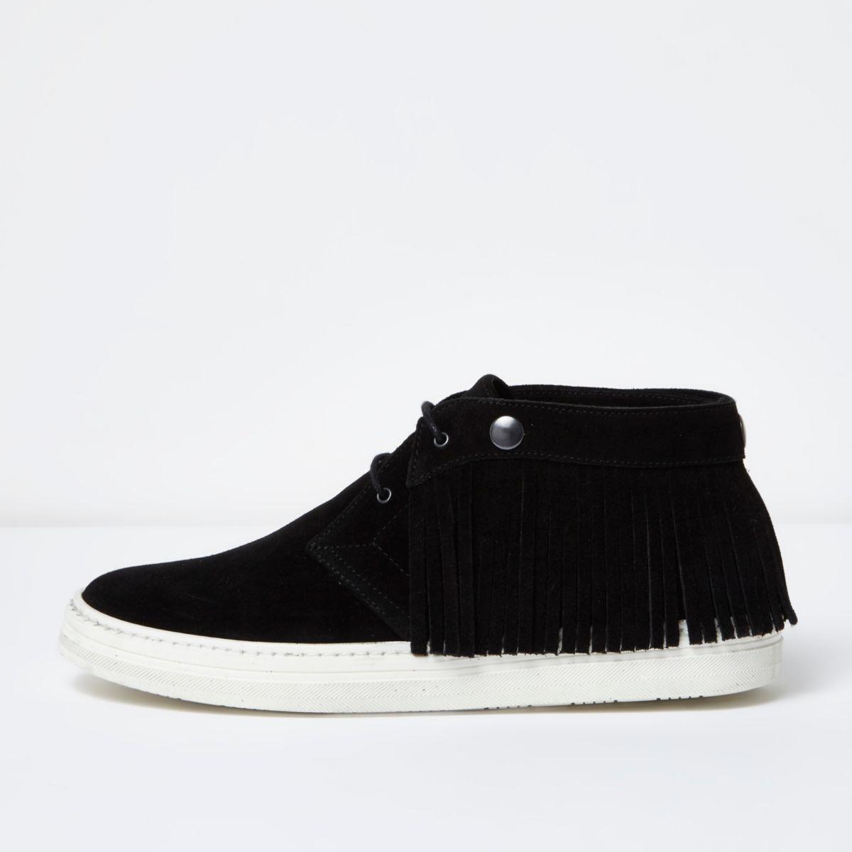 Desert boots en cuir noir à franges