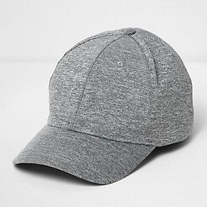Hellgraue, melierte Kappe