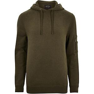 Donkergroene hoodie met rits op de mouw