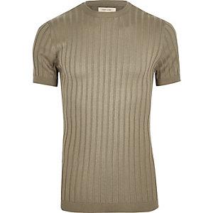 T-shirt en grosse maille côtelée vert coupe près du corps