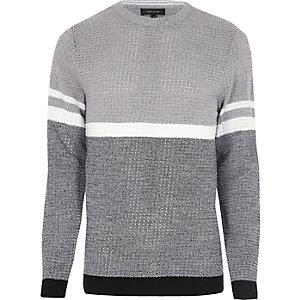 Grauer Blockfarben-Pullover