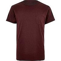 Dark red roll sleeve T-shirt