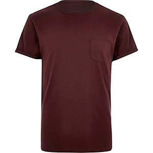 Dark red roll sleeve T-shirt