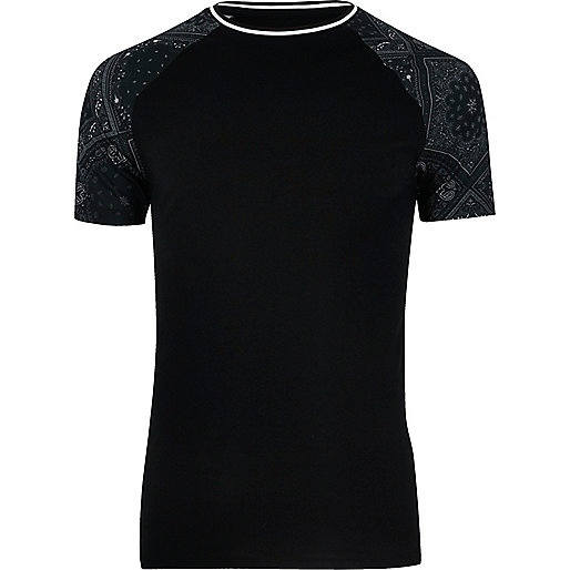 Black bandana print muscle fit T-shirt