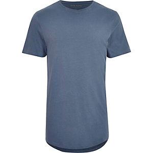 Langes, blaues T-Shirt mit abgerundetem Saum