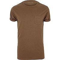 Brown roll sleeve T-shirt