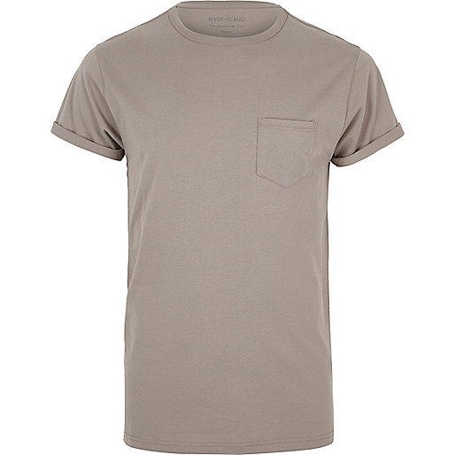 Brown pocket roll sleeve T-shirt