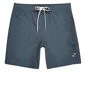 Marineblaue Boardshorts