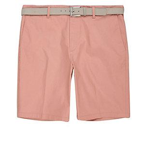 Roze slim-fit short met riem